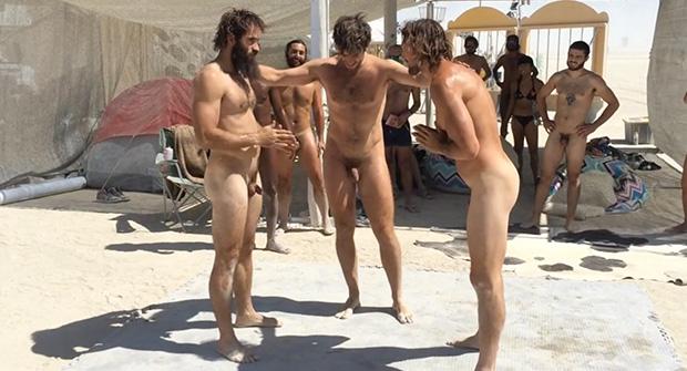 chicas de compañia para sexo público desnudo