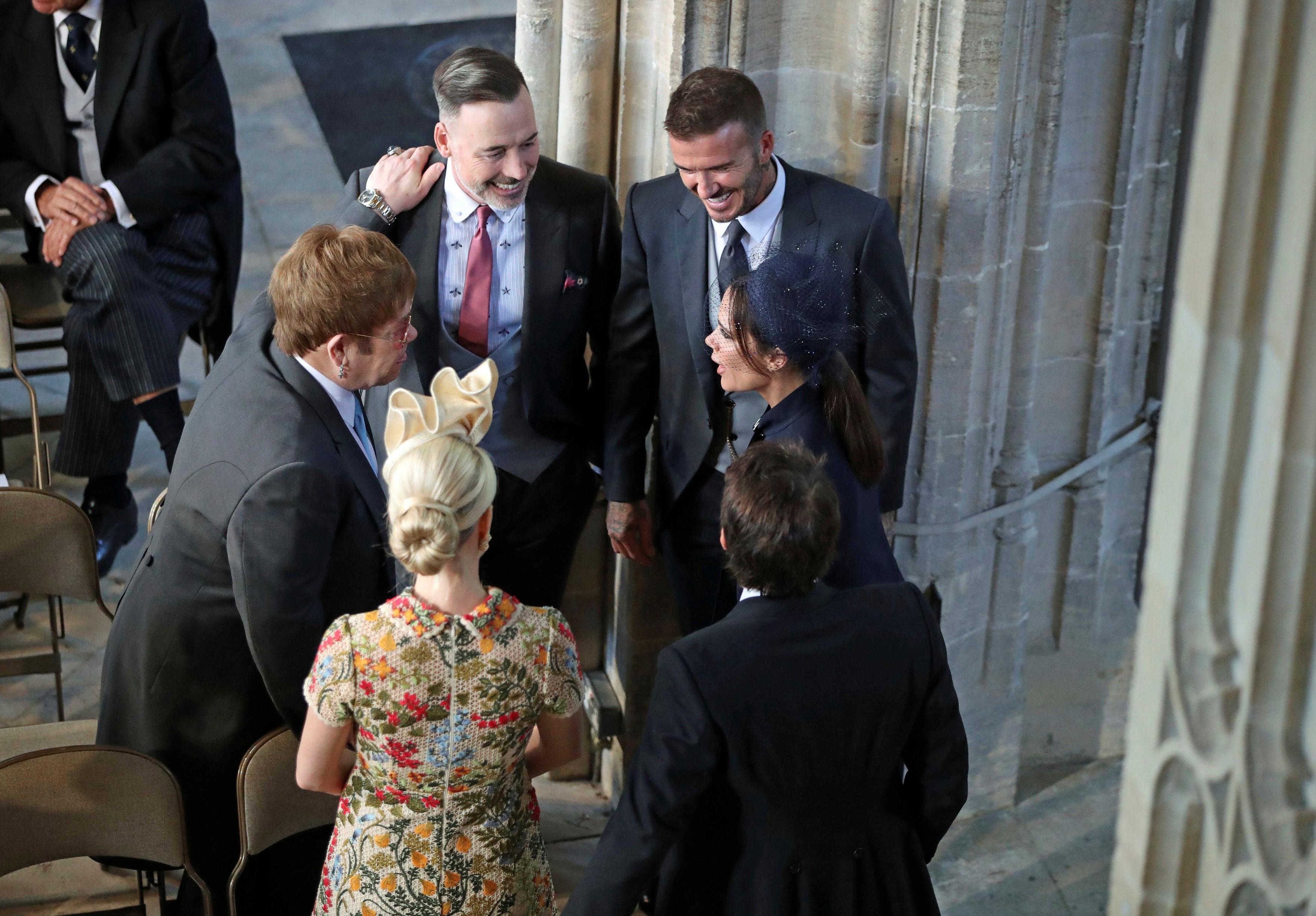 El beso en la boca entre David Beckhahm y Elton John fue el segundo más viral de la boda real.