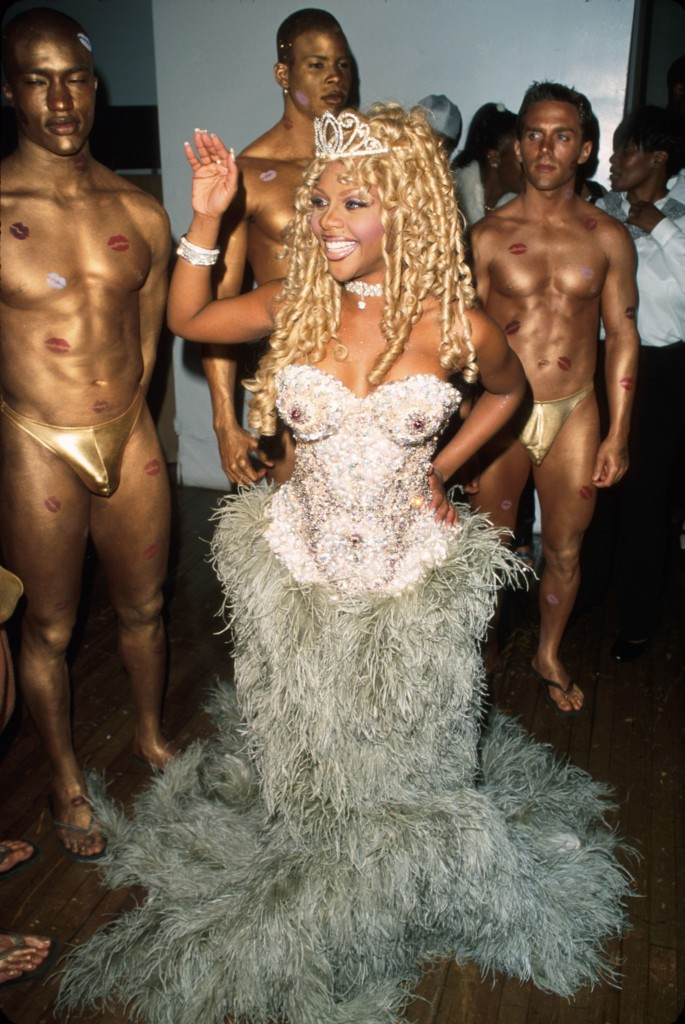 Pictures of lil kim pussy — photo 2